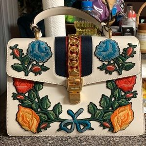 New GUCCI Sylvie Embroidered Purse
